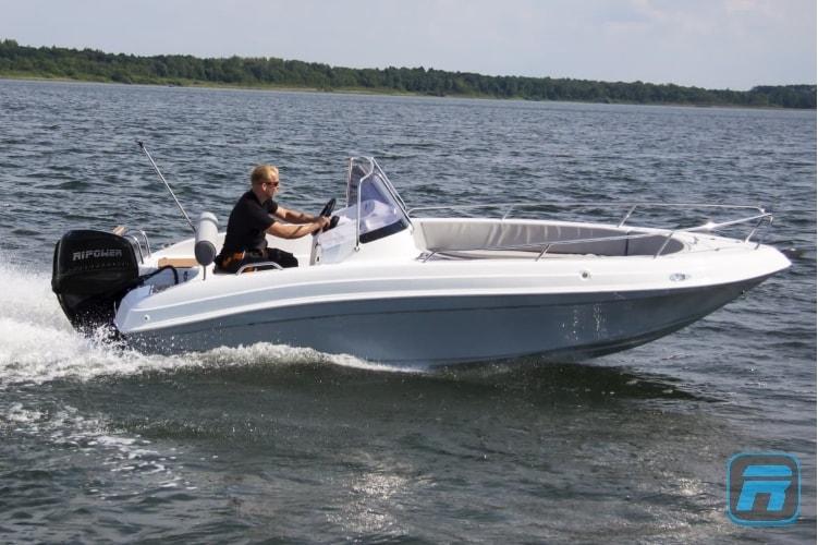 RiPower Elektroboot speedWater Bild01-min