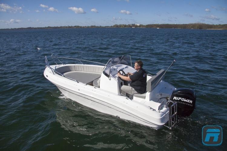RiPower Elektroboot speedWater Bild04-min