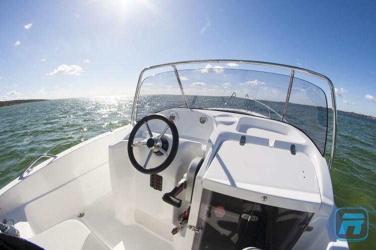 RiPower Elektroboot speedWater Bild05-min