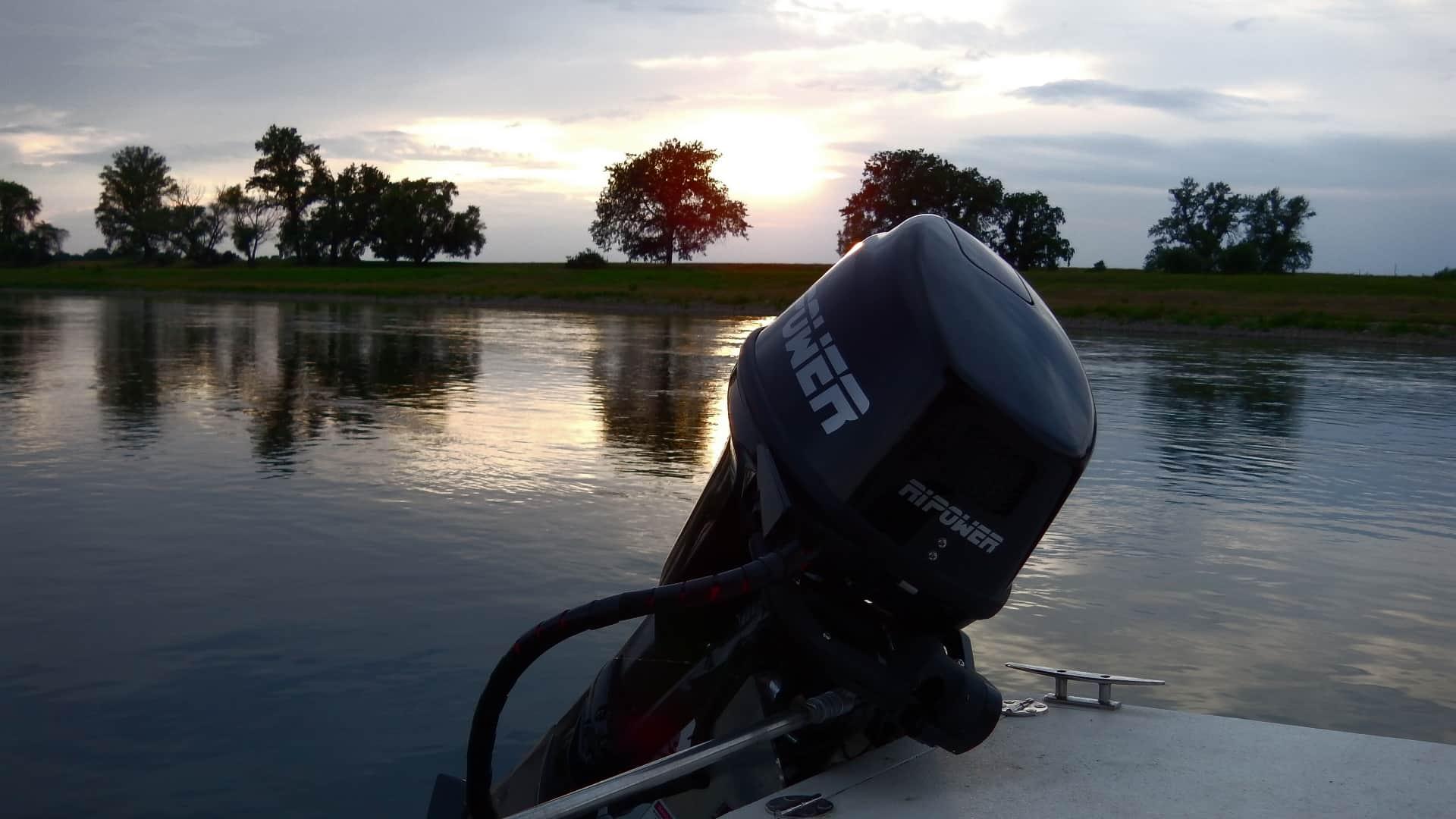 Elektroboot – RiPower SpeedKat 5